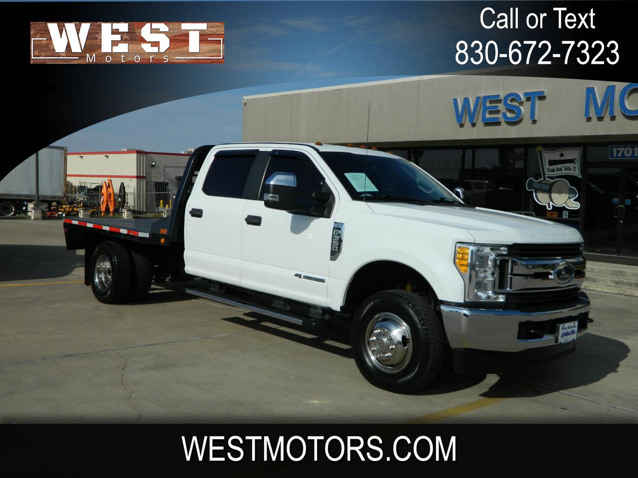 "Ford Super Duty F-350 DRW XL 4WD Crew Cab 179"" WB 60"" CA 2017"