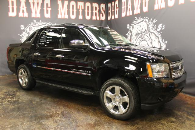 2009 Chevrolet Avalanche LTZ 4WD REDUCED MUST SELL