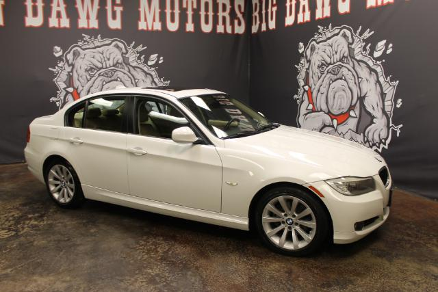 2011 BMW 3-Series 328i  REDUCED MUST SELL