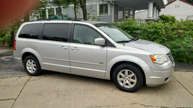 Chrysler Town & Country 4dr Wgn Touring Plus 2008