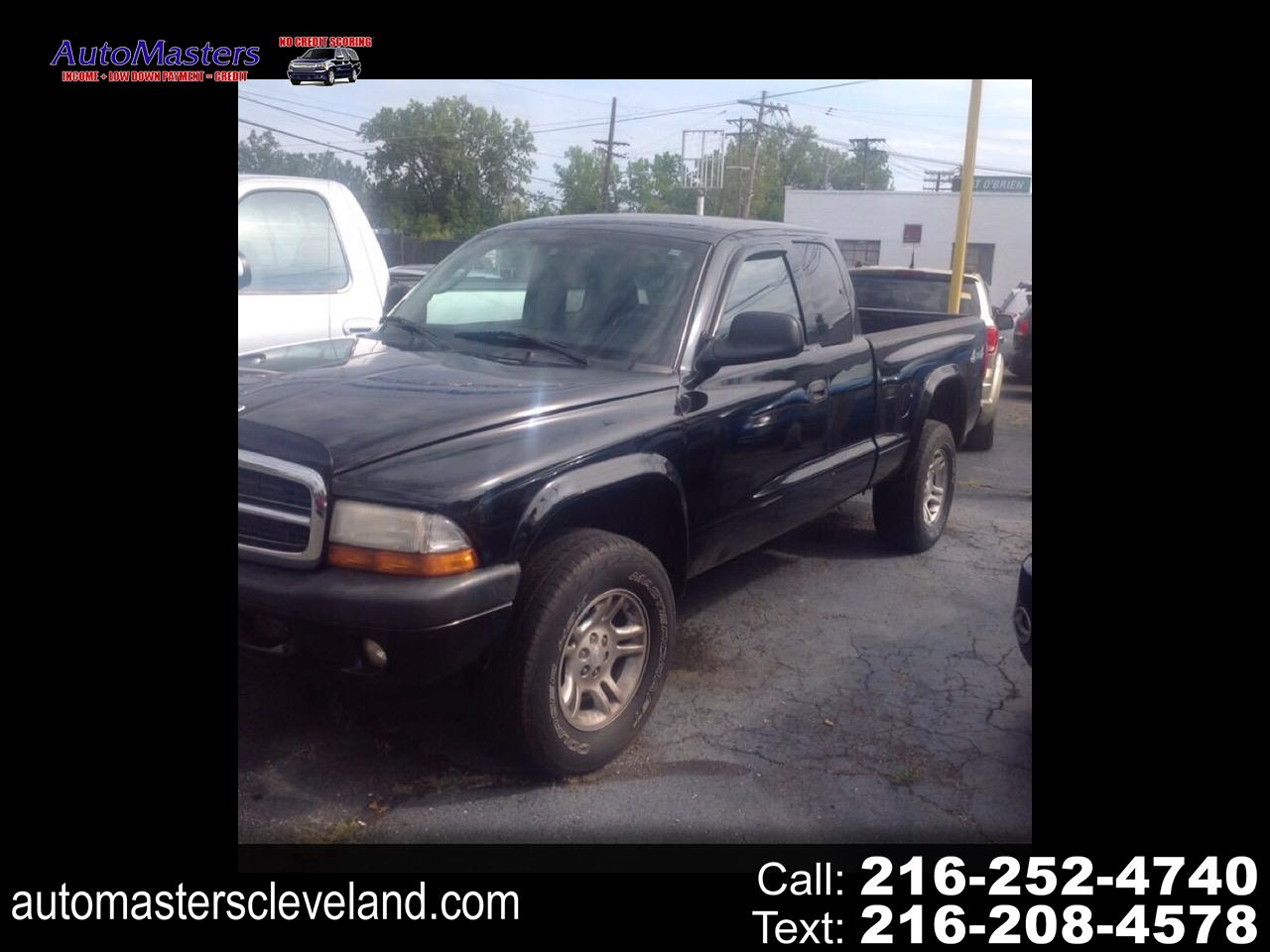 Dodge Dakota Sport Club Cab 4WD 2004