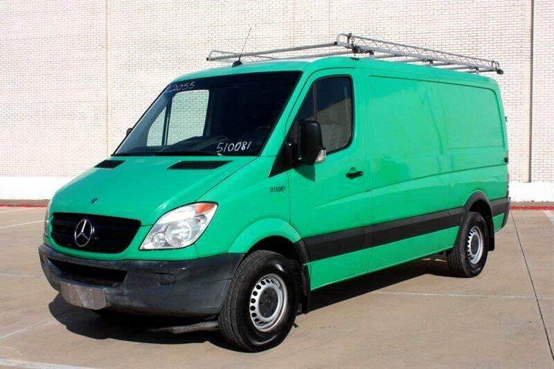 2011 Mercedes-Benz Sprinter 2500 144-in. WB