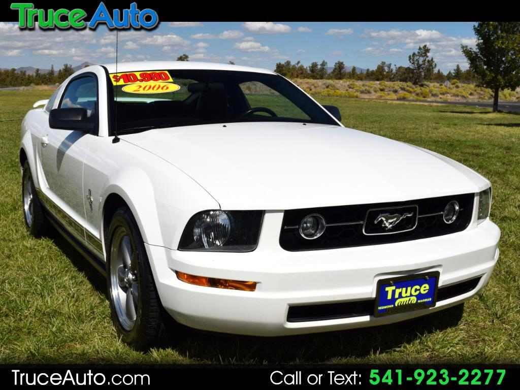 2006 Ford Mustang 2 Dr Manual LOW MILE