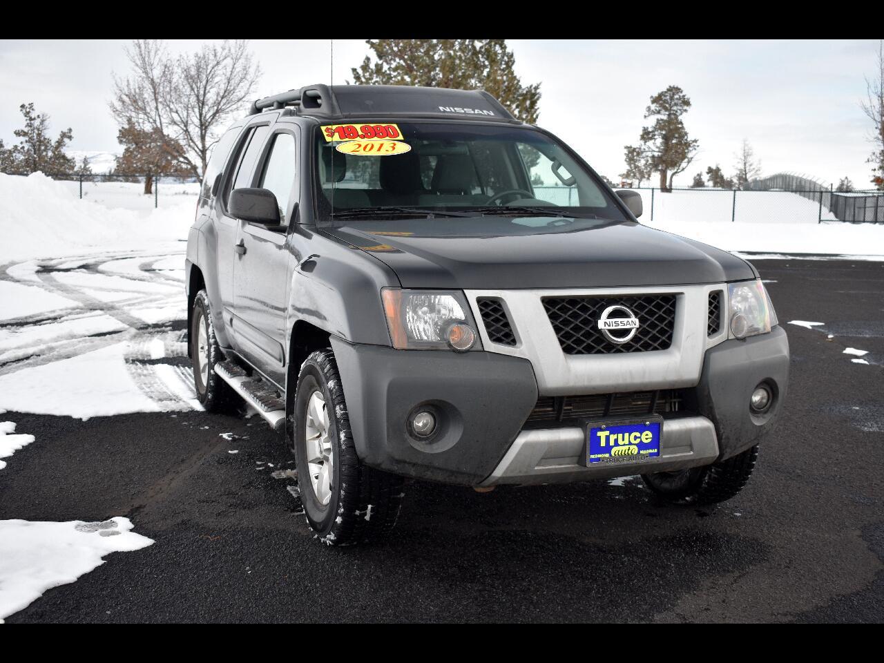 2013 Nissan Xterra 4WD 4dr Auto S ****LOW MILES***