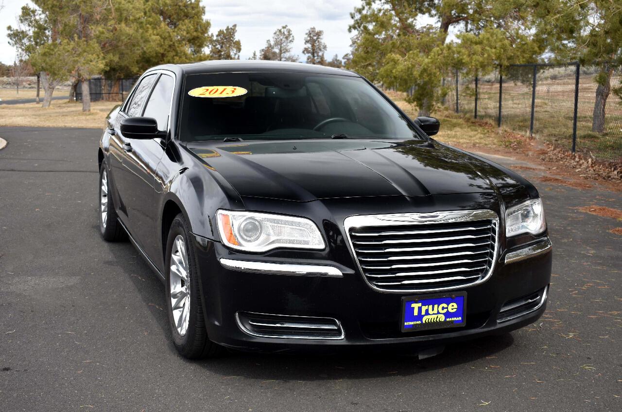 2013 Chrysler 300 4DR SND ***BLACK BEAUTY FULLY LOADED***
