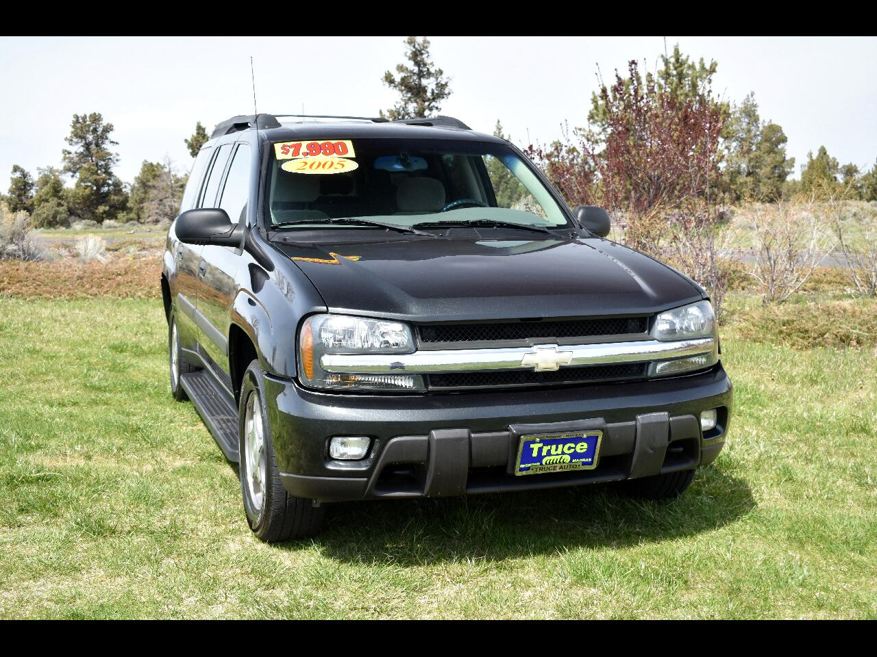 2005 Chevrolet TrailBlazer 4WD EXT LS ***THIRD ROW***LOW MILES***