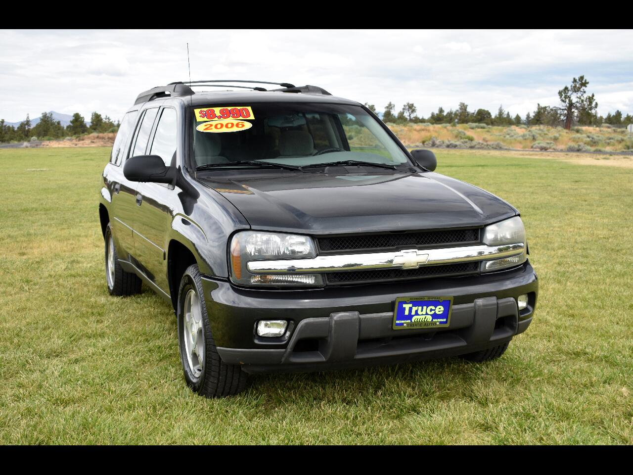 2006 Chevrolet TrailBlazer 4WD EXT LS *LOW MILES* *THIRD ROW*