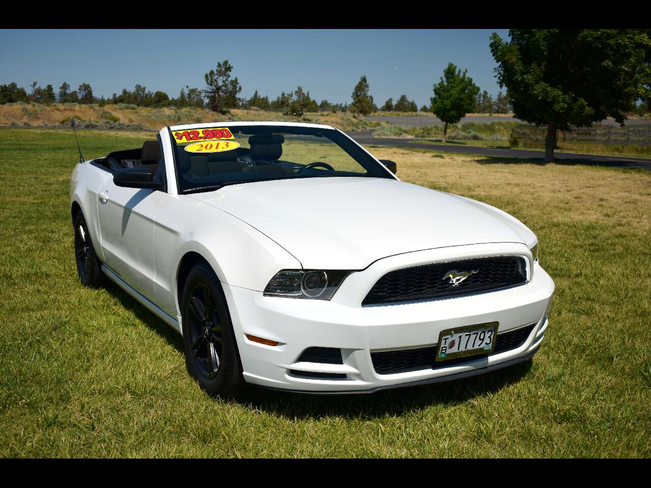2013 Ford Mustang 2dr Convertible V6