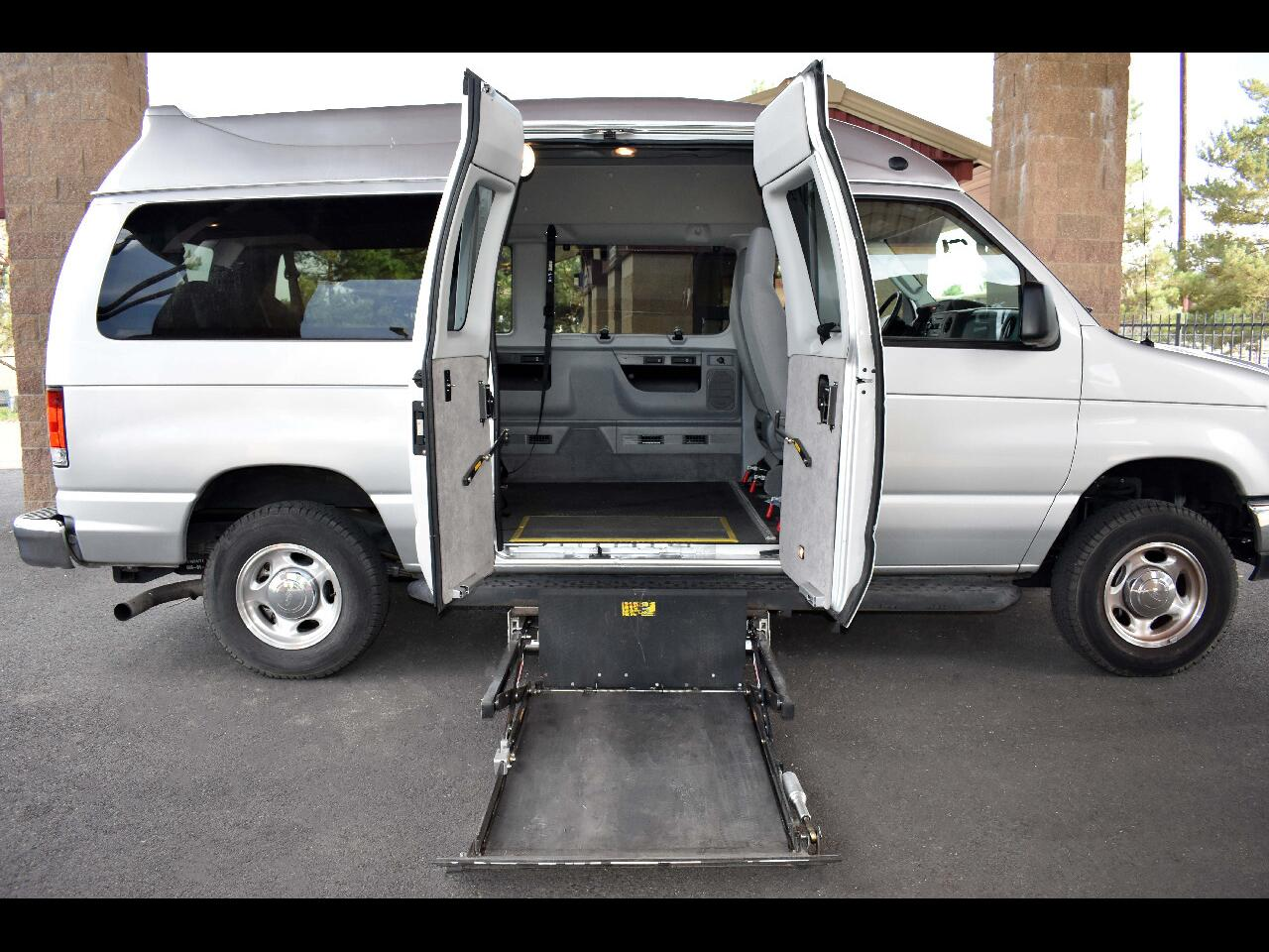 2011 Ford Econoline Wagon E-150 XLT HANDICAP VAN**ONE OWNER*LOW MILES**