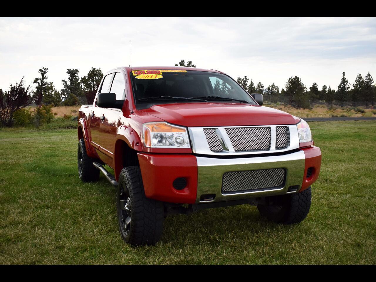 2011 Nissan Titan 4WD Crew Cab SWB SV**LOW MILES**