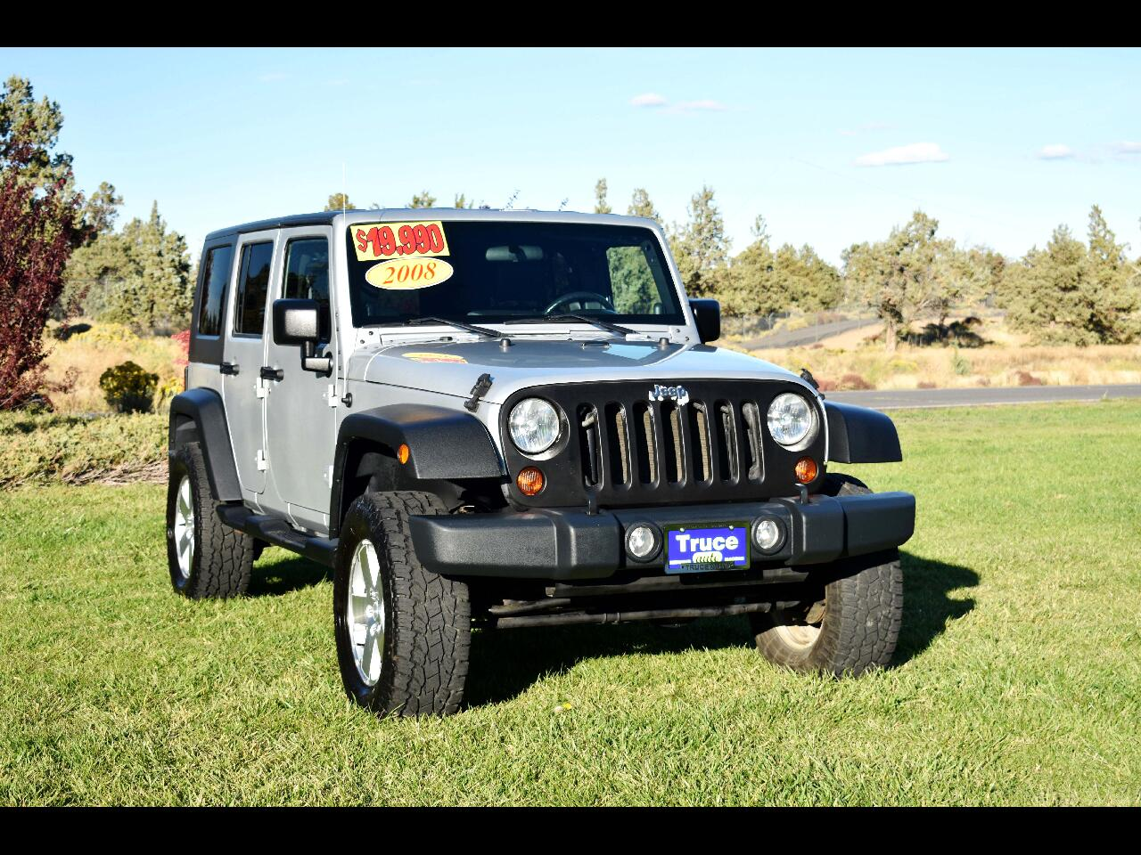 2008 Jeep Wrangler 4WD 4dr Unlimited Sahara**LOW MILES**