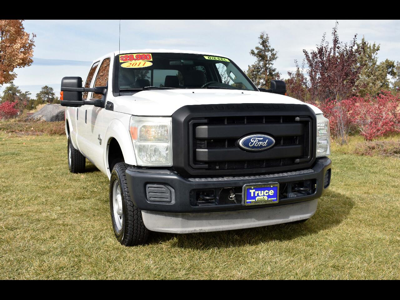2011 Ford Super Duty F-250 4WD Crew Cab XL**LOW MILES* DIESEL**
