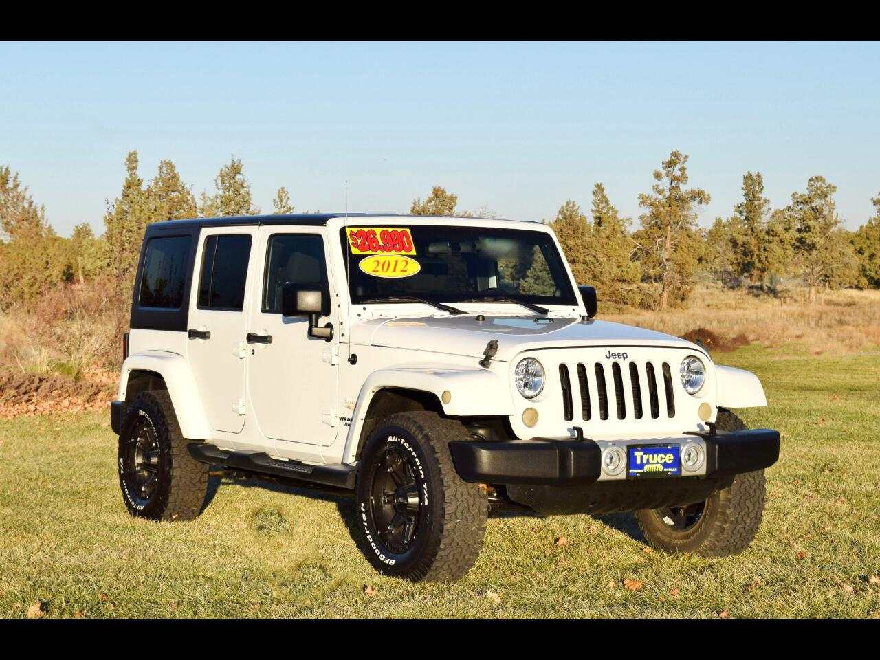 2012 Jeep Wrangler Unlimited 4WD 4dr Sahara**LOW MILES**