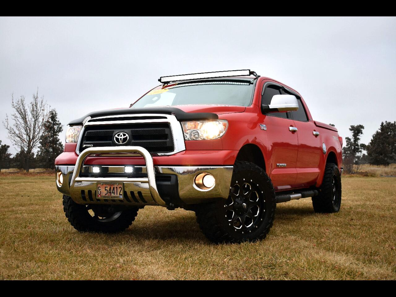 2011 Toyota Tundra 4WD CREWMAX V8 **EXTRA LOW MILES**