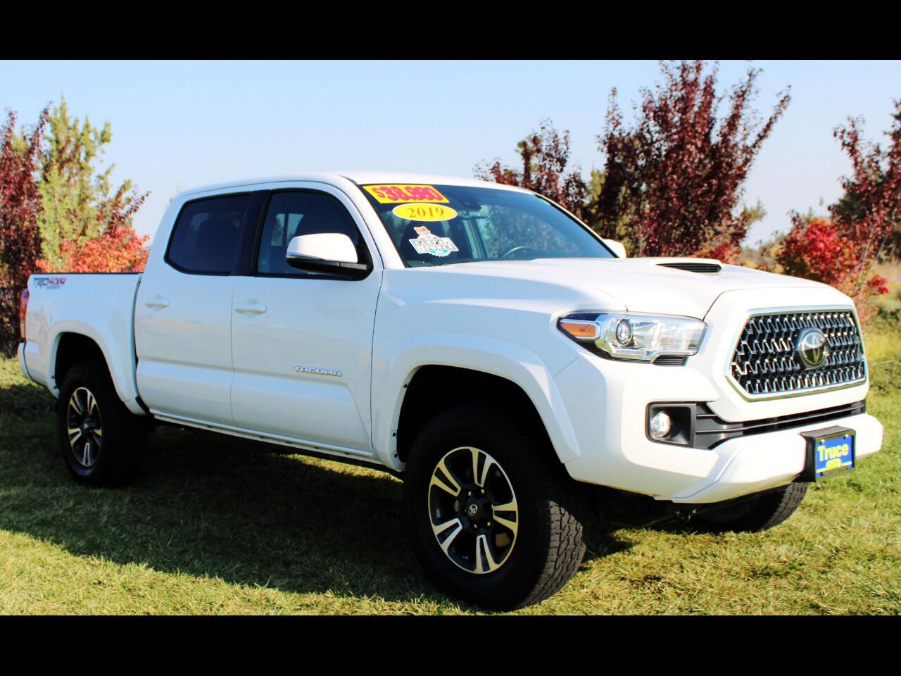 Toyota Tacoma 4WD  2019