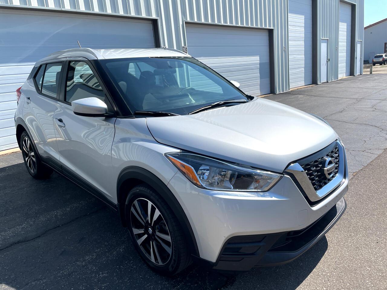 Nissan Kicks SV FWD 2018