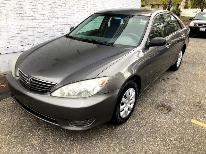 Used 2005 Toyota Camry LE in Peabody, MA | Auto com | 4T1BE32K55U585762
