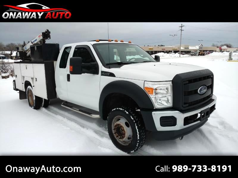 "2013 Ford Super Duty F-550 DRW 4WD SuperCab 162"" WB 60"" CA XL"
