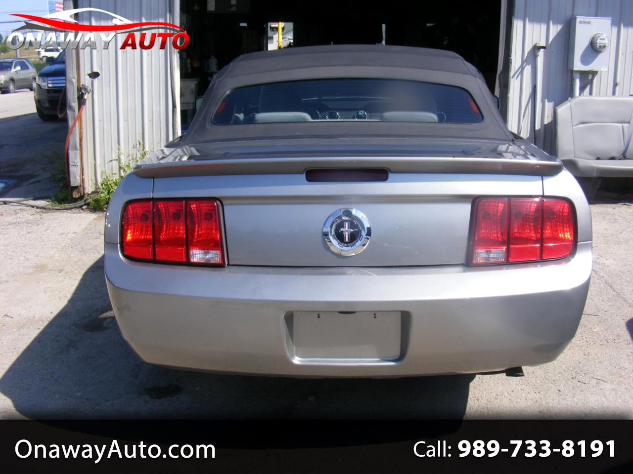 2008 Ford Mustang 2dr Conv Deluxe