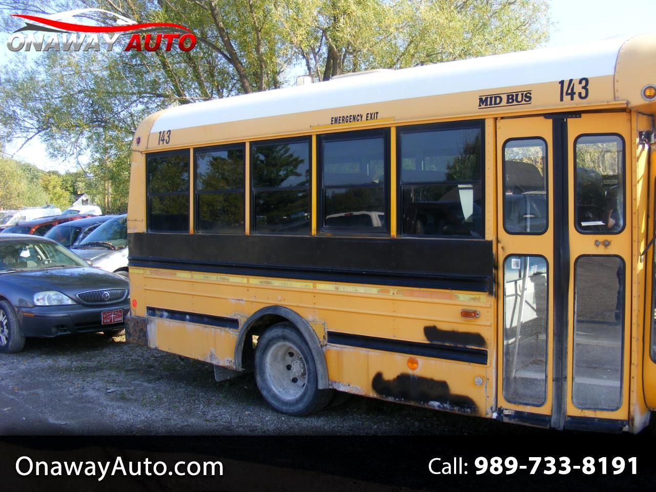 "Ford Econoline Commercial Cutaway E-350 Super Duty 138"" WB DRW 2005"