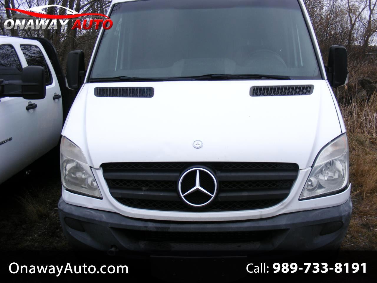 "Mercedes-Benz Sprinter Cargo Vans 2500 170"" 2010"
