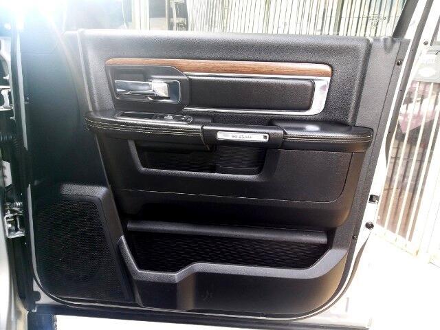 2013 RAM 3500 Laramie Mega Cab 4WD DRW