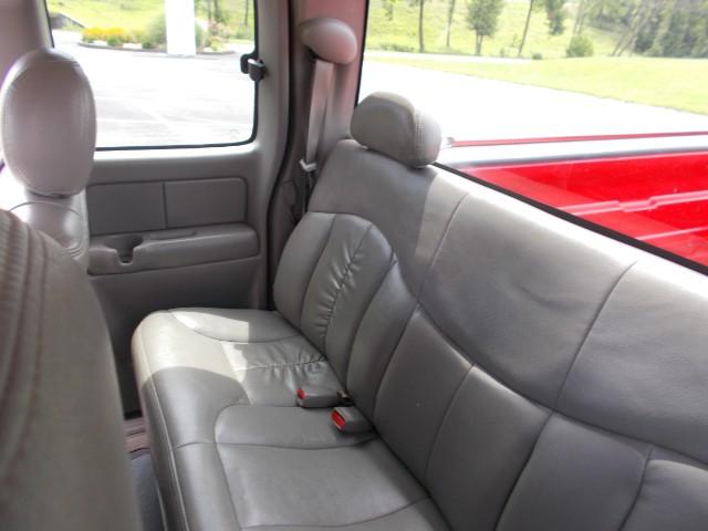 1999 Chevrolet Silverado 1500 Ext. Cab Short Bed 4WD