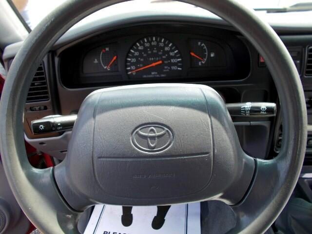 2000 Toyota Tacoma Regular Cab 2WD