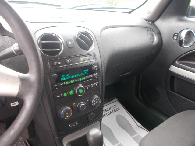 2009 Chevrolet HHR LS Panel