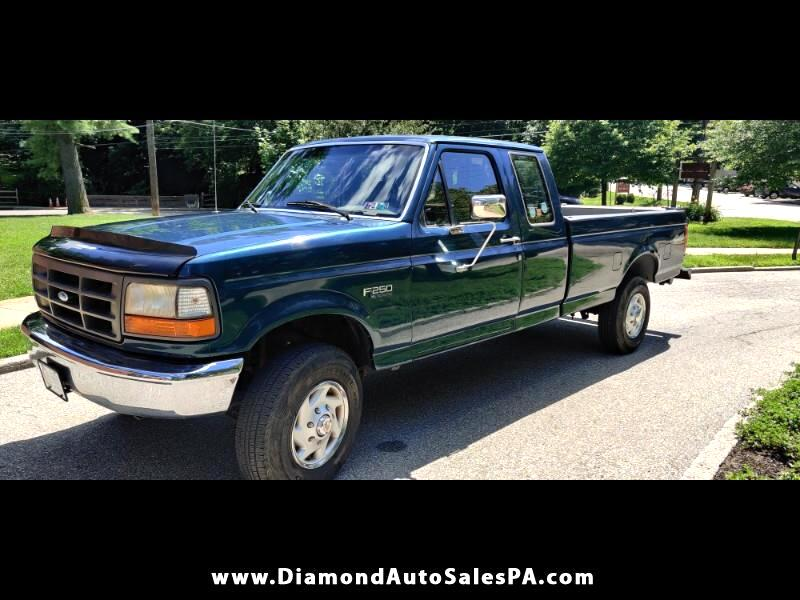 Ford F-250 XL SuperCab Long Bed 4WD 1996