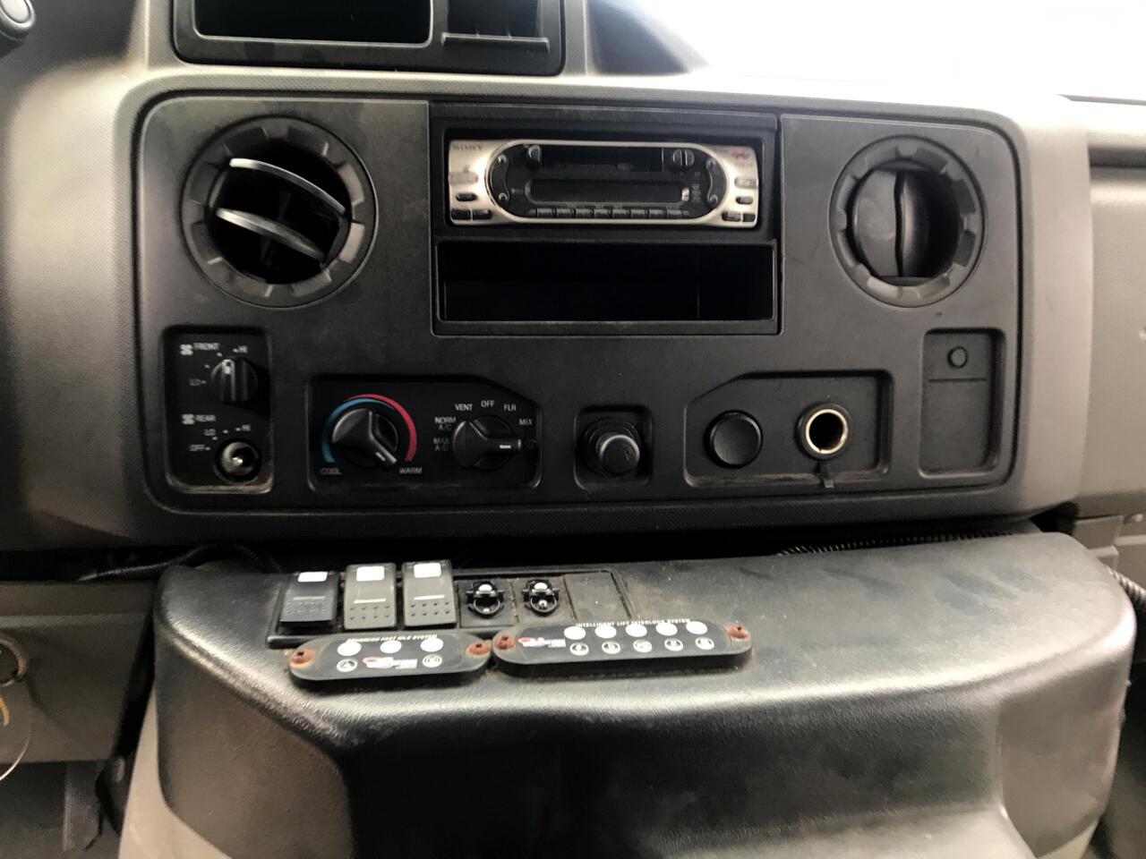 2009 Ford Econoline E450