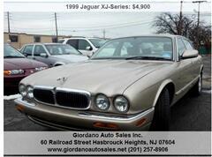 1999 Jaguar XJ Sedan