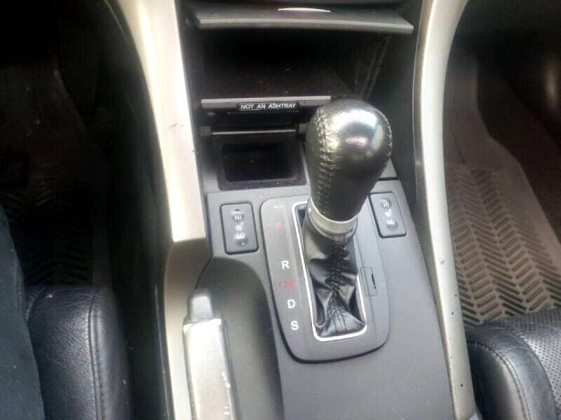 2010 Acura TSX 5-speed AT