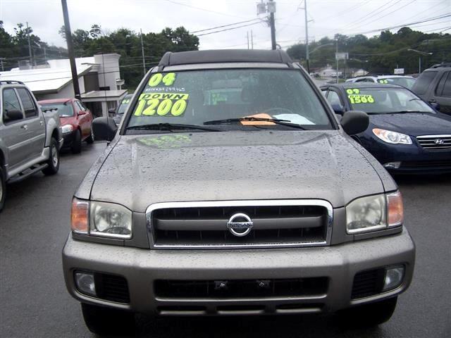 2004 Nissan Pathfinder LE Platinum Edition 4WD