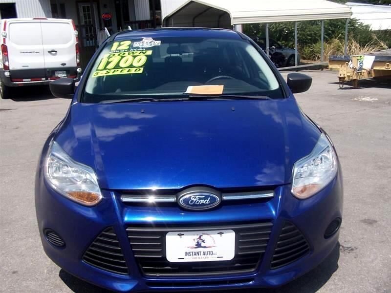 Ford Focus S Sedan 2012