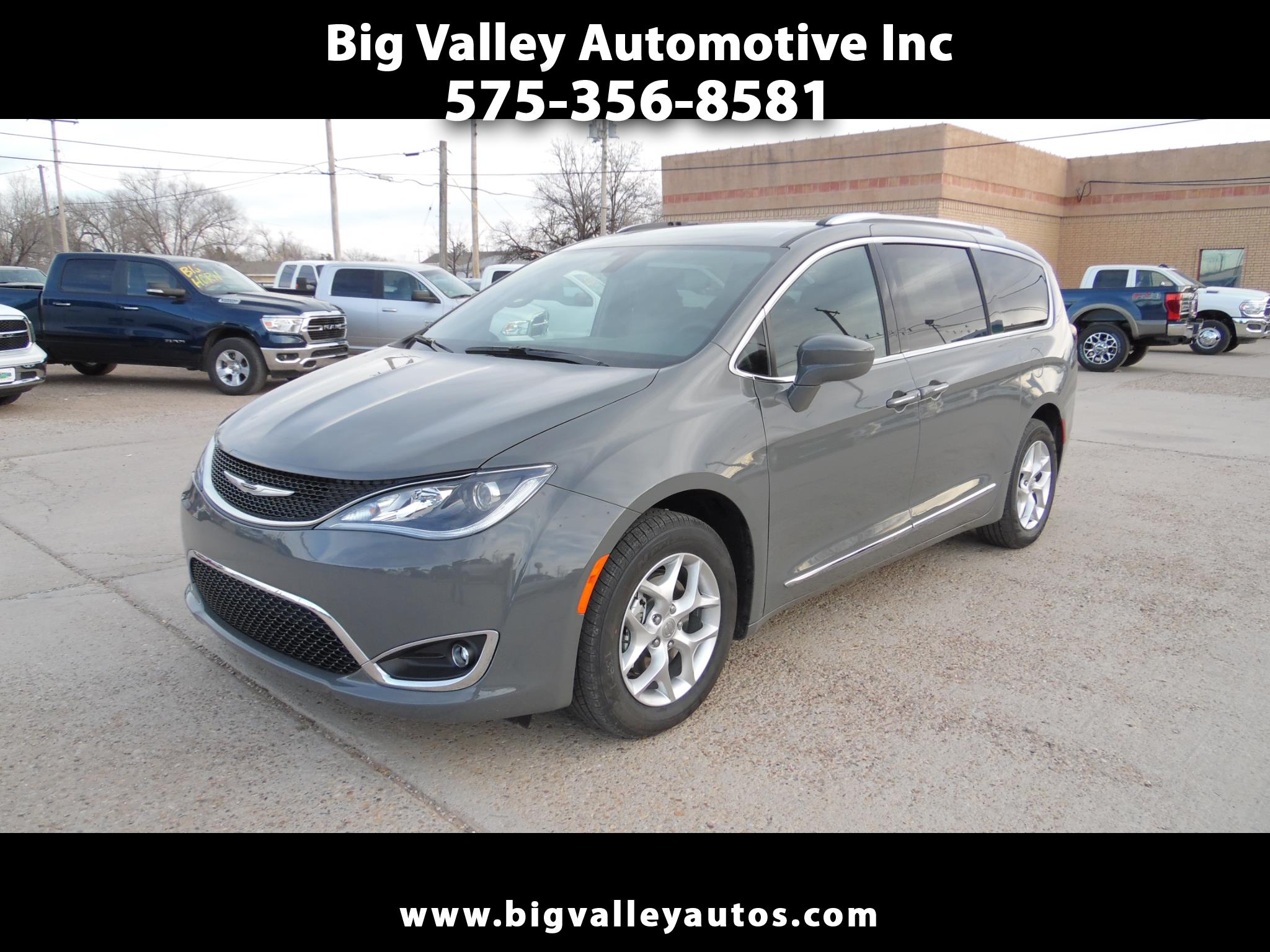 Chrysler Pacifica Touring L 35th Anniversary FWD 2020
