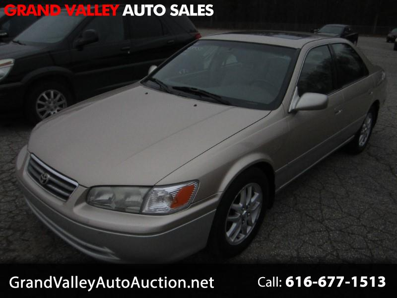 2001 Toyota Camry 4dr Sdn XLE V6 Auto (Natl)