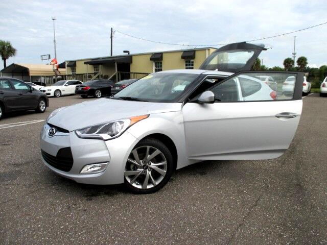 2017 Hyundai Veloster Base 6MT