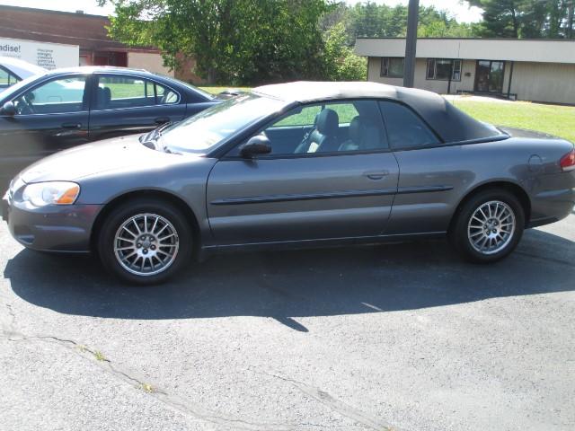 2005 Chrysler Sebring Touring Convertible