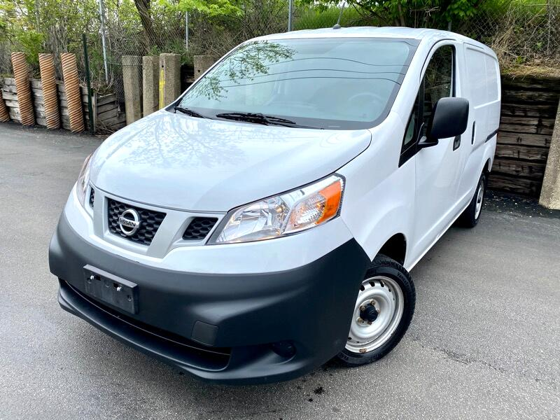 Nissan NV200 SV 2016