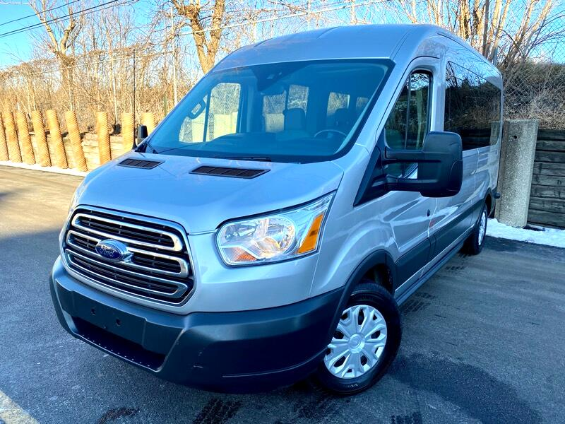 Ford Transit 350 Wagon Med. Roof XLT w/Sliding Pass. 148-in. WB 2016