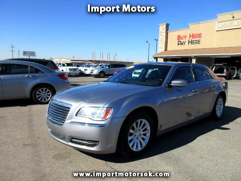 2014 Chrysler 300 4dr Sdn Touring RWD