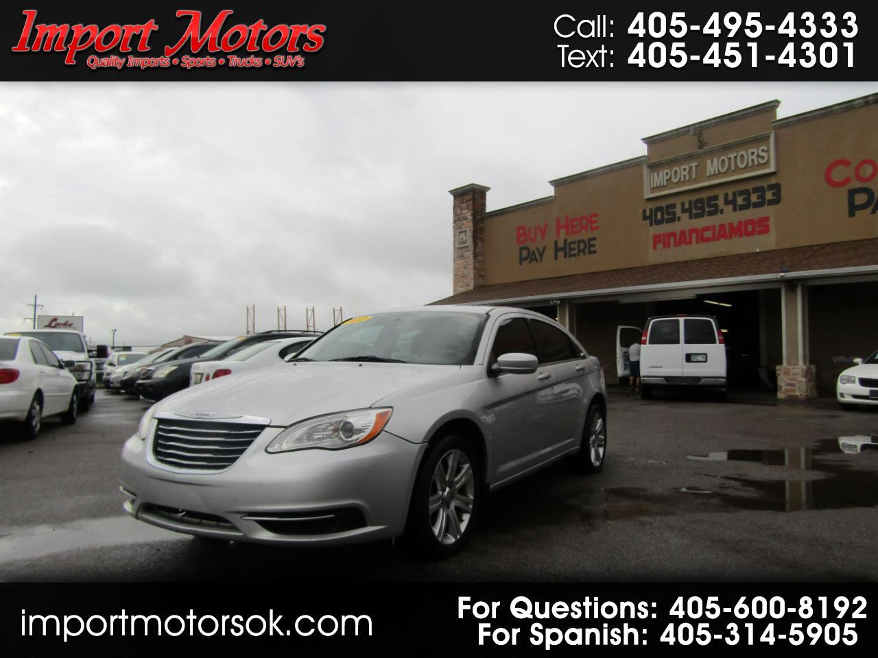 Chrysler 200 Touring 2012