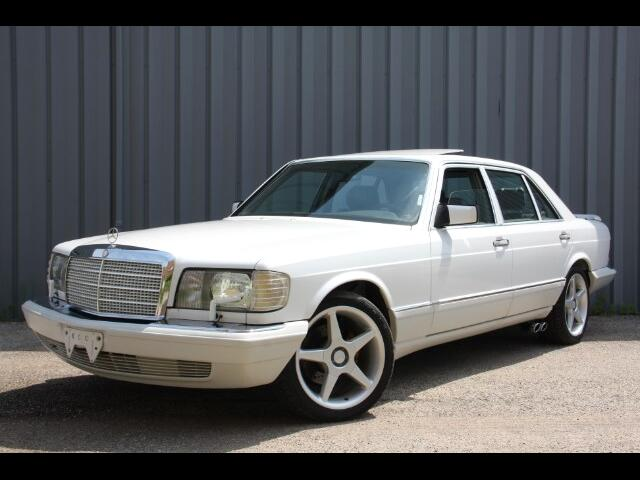 1988 Mercedes-Benz 420 SEL sedan