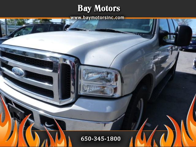 2005 Ford Excursion XLT 6.8L 2WD