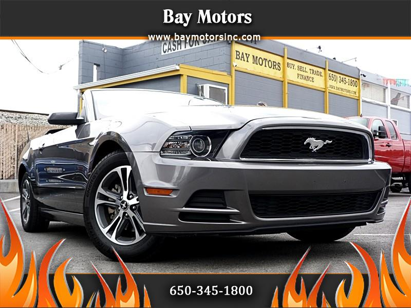Ford Mustang V6 Convertible 2013