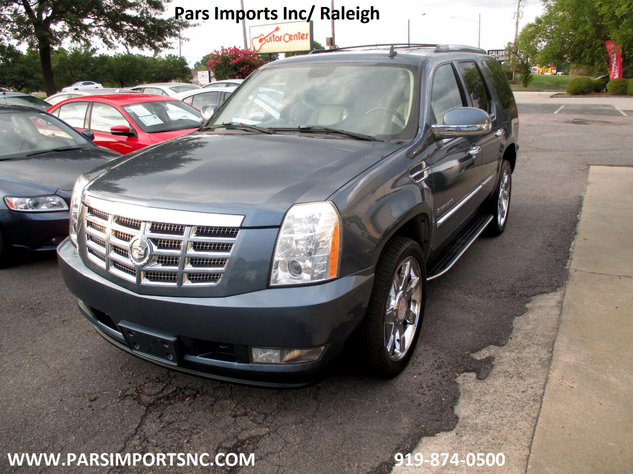 Cadillac Escalade AWD 4dr Luxury 2008