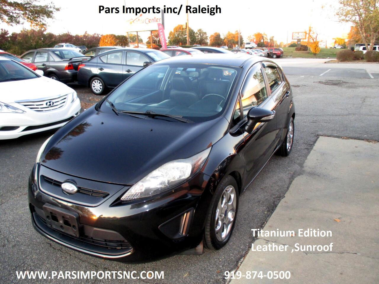Ford Fiesta Titanium Hatchback 2013