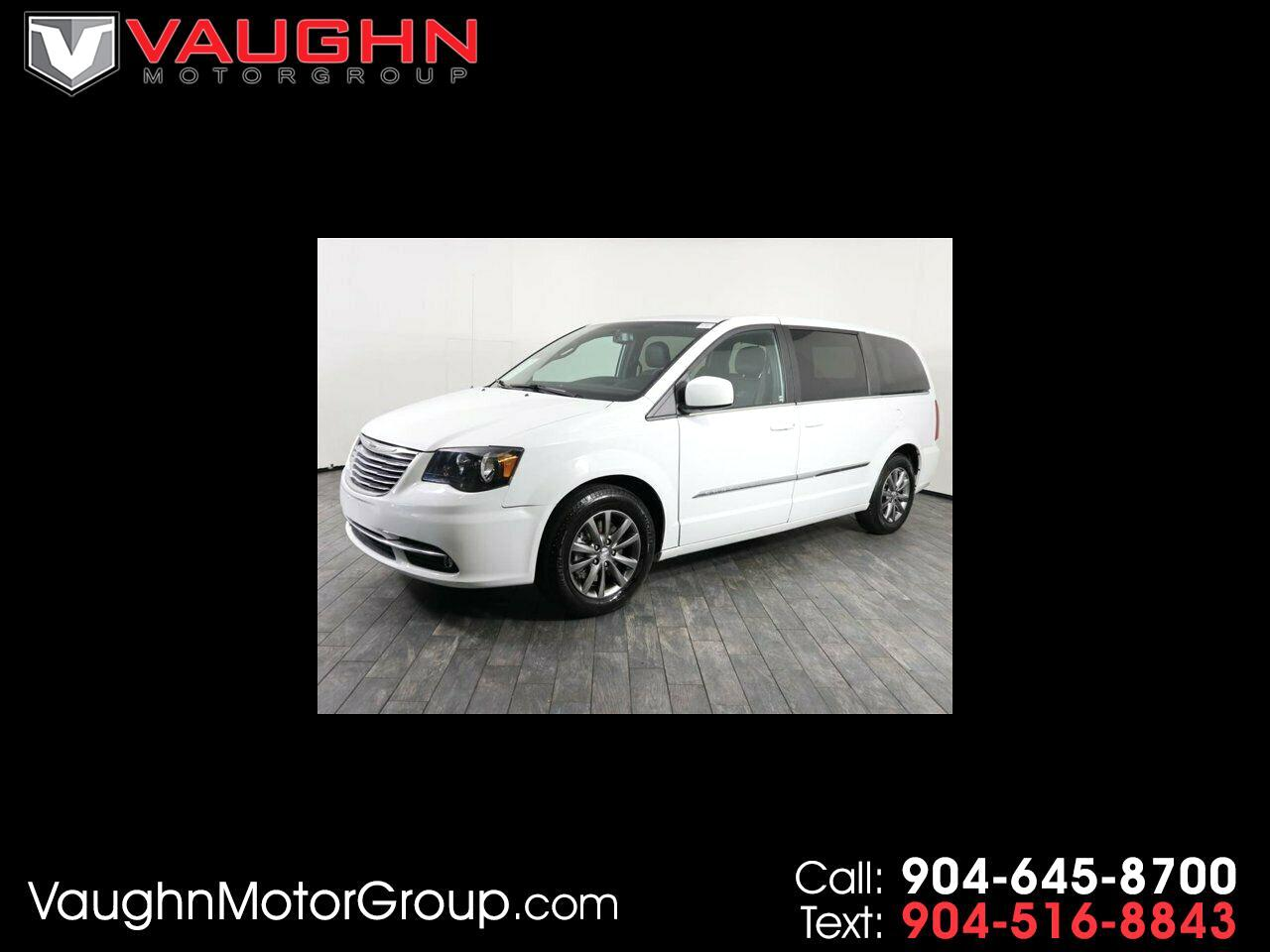 Chrysler Town & Country 4dr Wgn S 2016