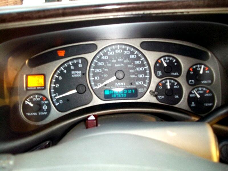 2001 GMC Yukon Denali 4dr 1500 AWD
